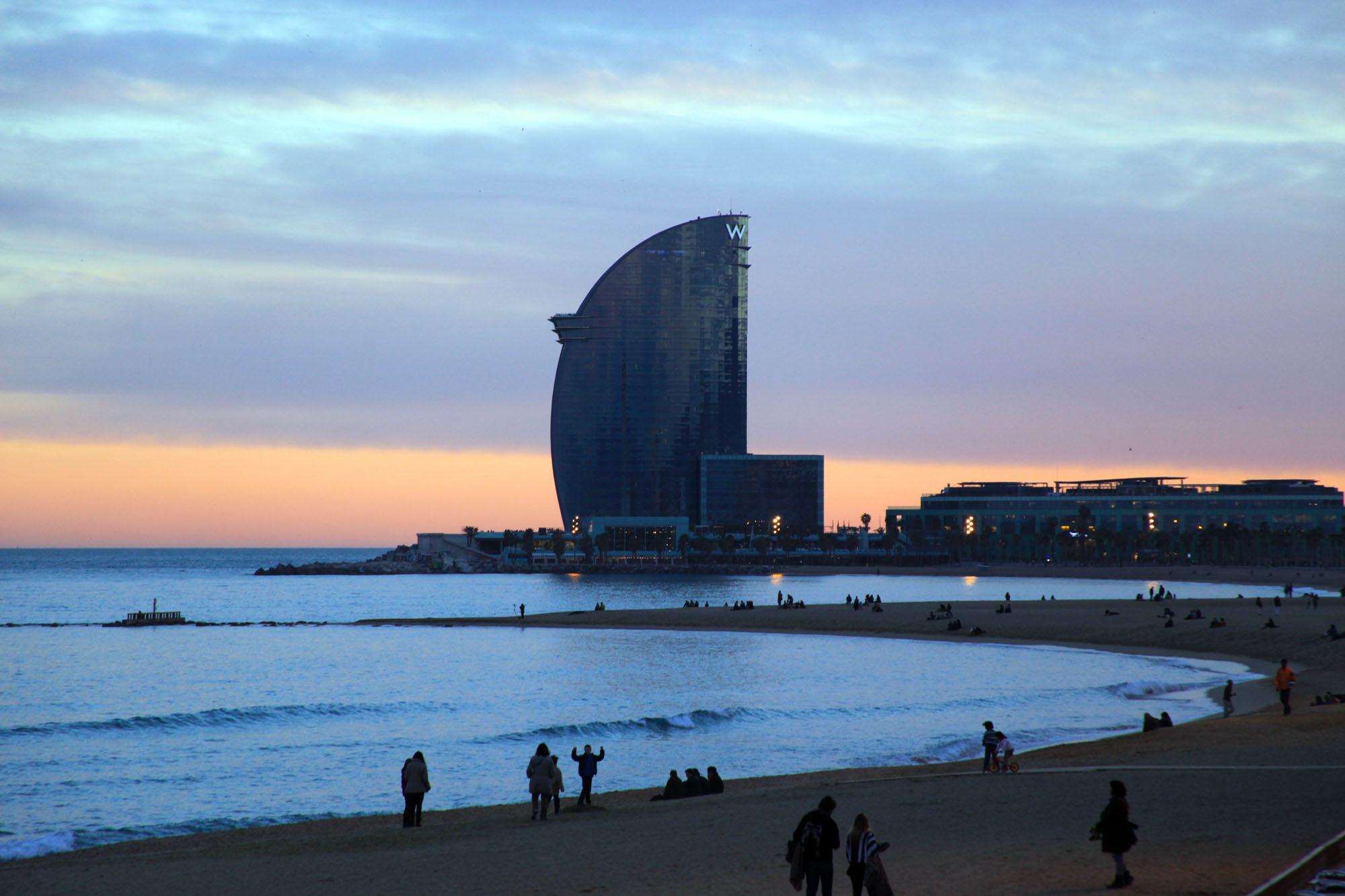 Barcellona un reportage fotografico e for Vacanze a barcellona mare