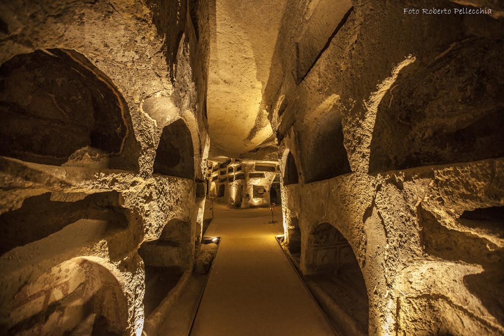 GITE fuori PORTA  Le catacombe di San Gennaro a Napoli